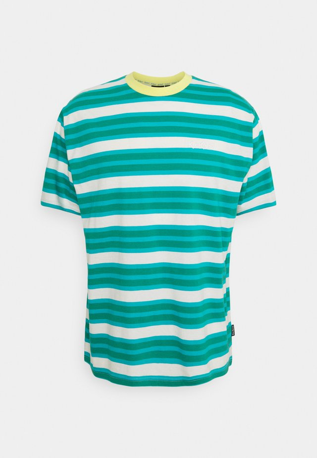 STRIPE TEE - T-shirt con stampa - green/aqua