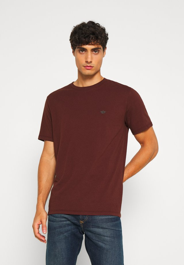 PACIFIC CREW TEE - T-shirt basique - chestnut red