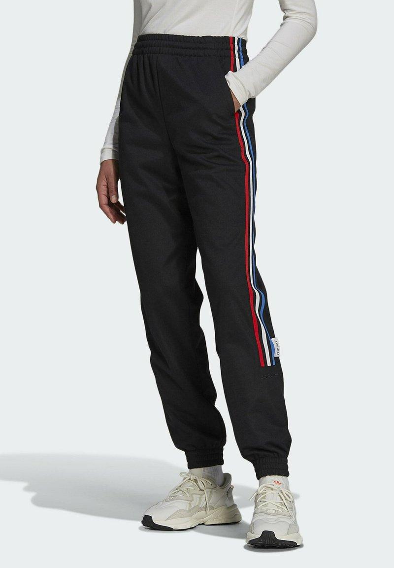 adidas Originals - ADICOLOR TRICOLOR PRIMEBLUE TRACKSUIT BOTTOMS - Pantalon de survêtement - black