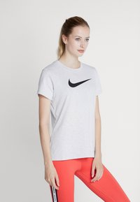 Nike Performance - DRY TEE CREW - T-shirt con stampa - white/black - 0