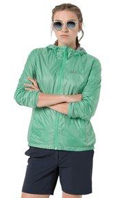 Jack Wolfskin - BREATHER W - Waterproof jacket - pacific green - 0