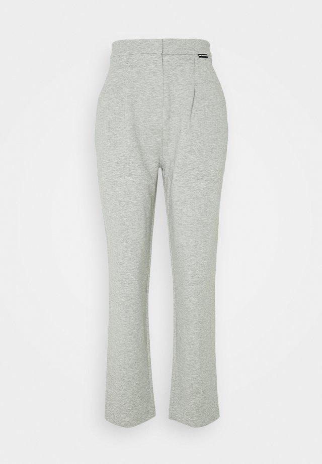 TAILORED TROUSERS - Teplákové kalhoty - grey melang