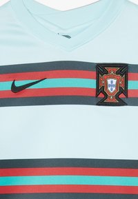 Nike Performance - PORTUGAL FPF LK NK BRT KIT AW SET - Sports shorts - teal tint/black - 6