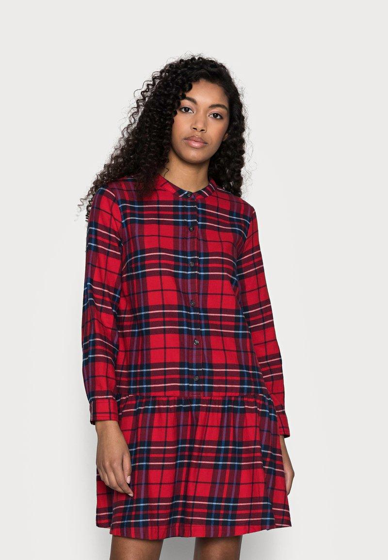 GAP Petite - Shirt dress - red