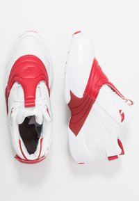 Reebok Classic - ANSWER V  - Trainers - white/red - 2