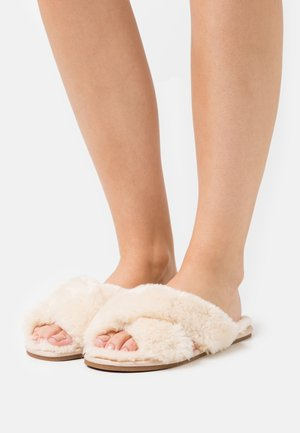 PERFECT FRIEND - Slippers - beige