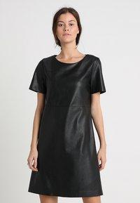 Opus - WASINE - Korte jurk - black - 0