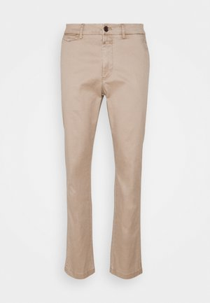 ATELIER TAPERED - Chino - reed