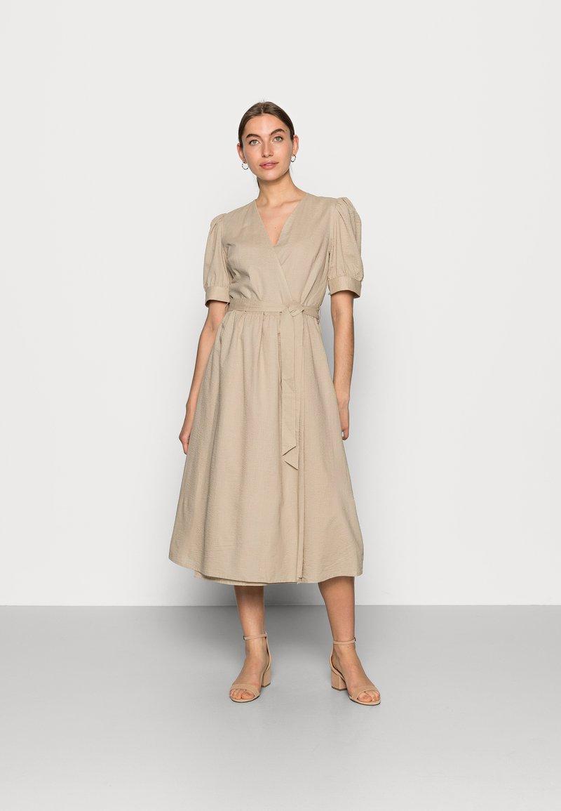 Modström - JUNA DRESS - Vapaa-ajan mekko - twill