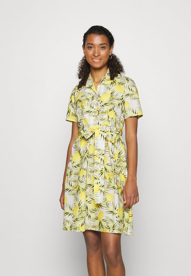 YASLEMONO SHIRT DRESS  - Vapaa-ajan mekko - white