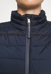 TOM TAILOR - ULTRA LIGHT WEIGHT JACKET - Winterjas - sky captain blue - 5