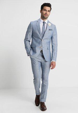 Garnitur - blue