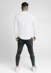SIKSILK - LONG SLEEVE FOLLOW THE MOVEMENT TEE - T-shirt à manches longues - white - 2