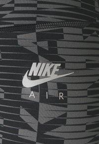 Nike Performance - Collants - black - 6