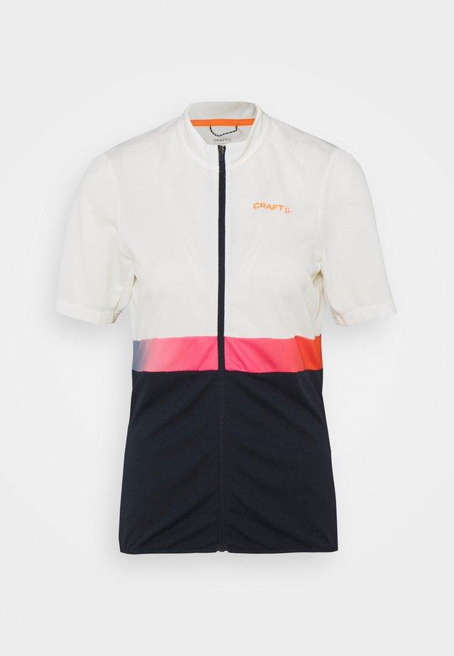 CORE ENDUR - T-shirt con stampa - whisper/blaze