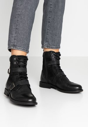 MAINE - Cowboy/biker ankle boot - regular black