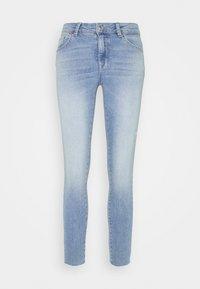 ONLCARMEN LIFE - Jeans Skinny Fit - light blue denim