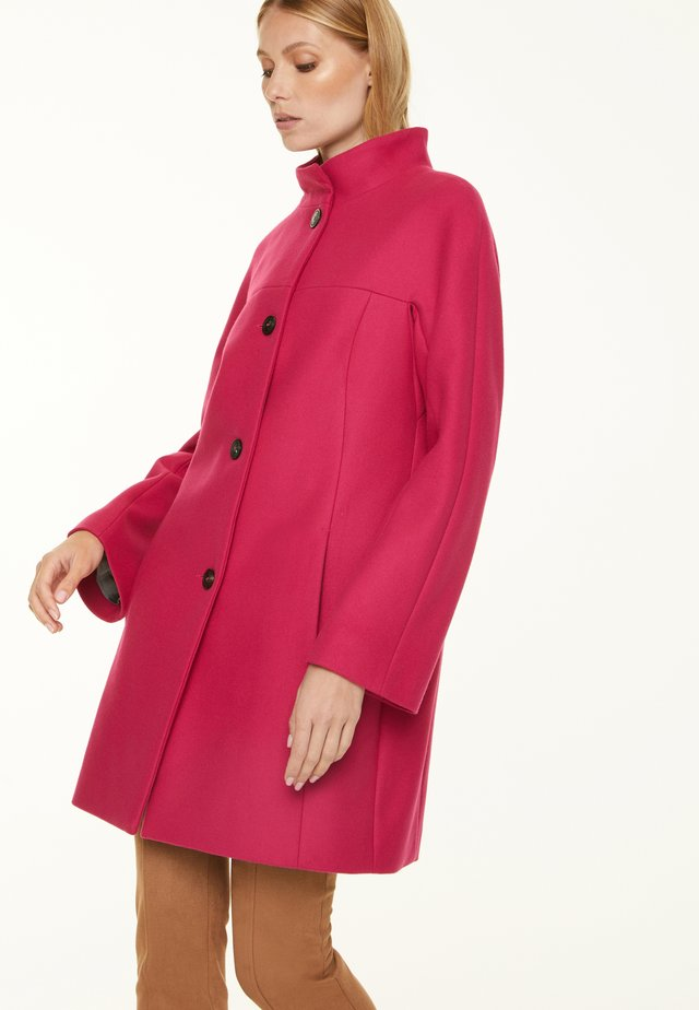 PALETOT IN QUALITÄT - Short coat - magenta