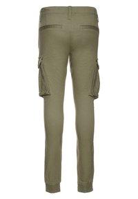 Name it - NITBAMGO  - Cargo trousers - deep lichen green - 1