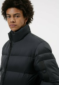 HUGO - BIRON - Down jacket - black - 3