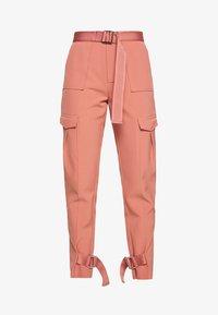Holzweiler - SKUNK - Cargo trousers - dust pink - 4