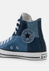 Converse - CHUCK TAYLOR ALL STAR UNISEX - High-top trainers - light denim/dark denim/white - 5