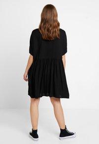 Monki - TEODORA DRESS - Robe chemise - black - 2