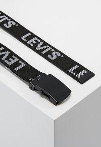 Levi's® - TICKFAW - Pásek - regular black - 2