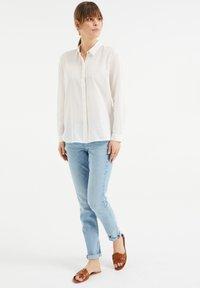 WE Fashion - Button-down blouse - white - 1