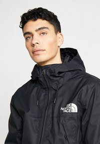 The North Face - M1990 MNTQ JKT - Outdoorjacke - tnfblack/tnfwhite - 4