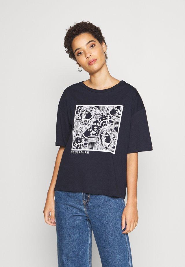 TWOSS LACIVERT - Print T-shirt - navy
