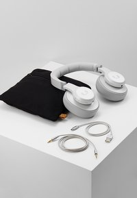 Fresh 'n Rebel - CLAM ANC WIRELESS OVER EAR HEADPHONES - Koptelefoon - ice grey - 5