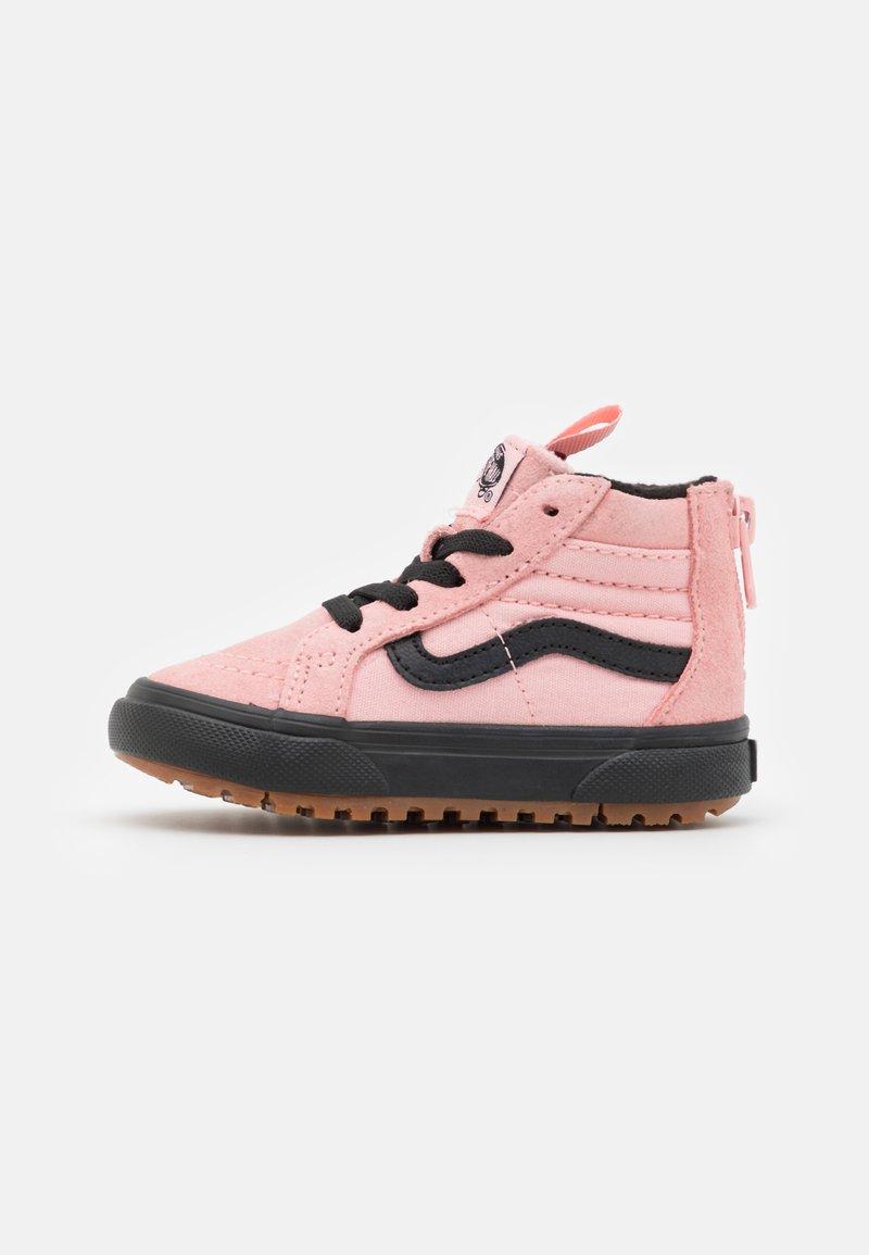 Vans - SK8 ZIP MTE-1 - High-top trainers - powder pink/black