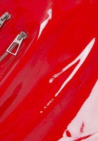 Bershka - Kožená sukně - red - 5