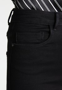 ONLY - ONLROYAL HIGH - Jeans Skinny - black - 4