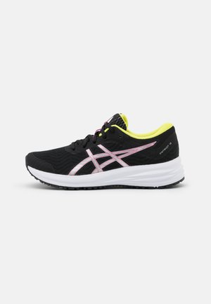 PATRIOT 12 - Neutral running shoes - black/hot pink