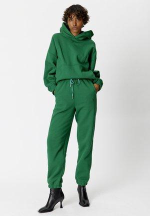 RUBIGZ - Hoodie - green jacket