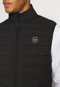 Abercrombie & Fitch - PUFFER VEST - Waistcoat - black - 5