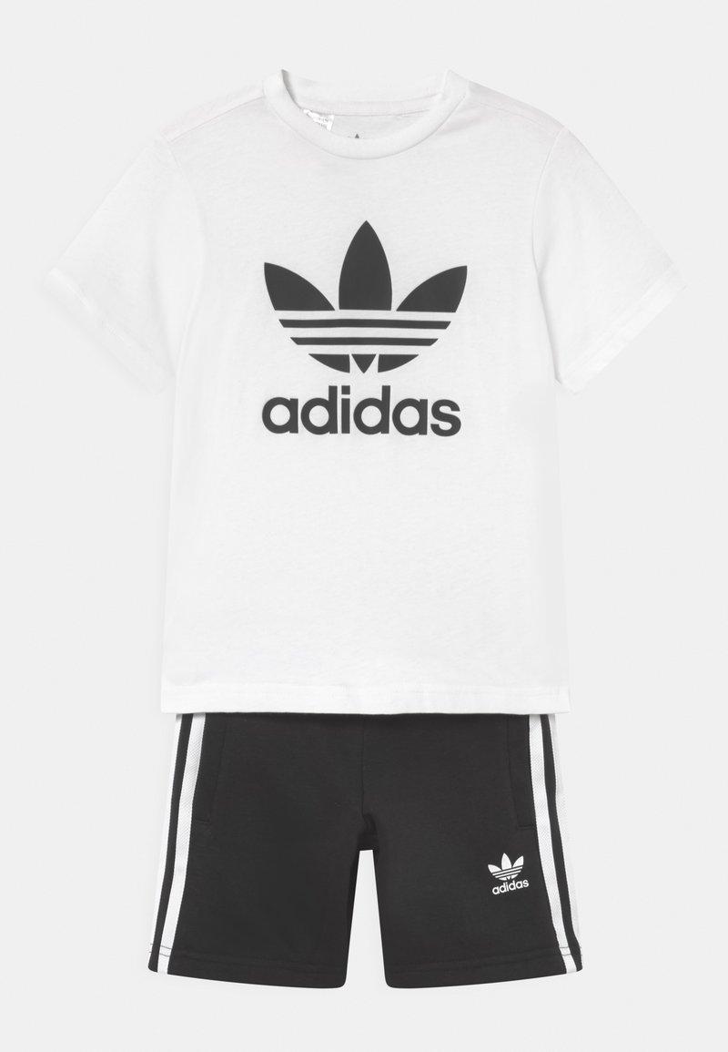 adidas Originals - SET UNISEX - Camiseta estampada - white/black