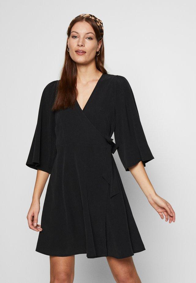MELIKA - Korte jurk - black