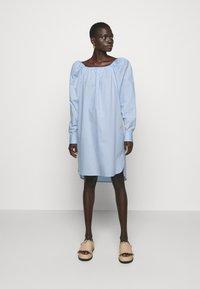 Bruuns Bazaar - ROSIE JULISE DRESS - Day dress - sky - 0