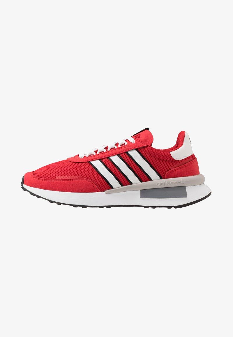 adidas Originals - RETROSET - Sneakers - scarlet/footwear white/core black