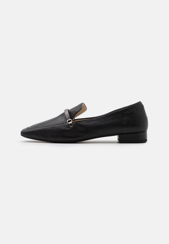 LAYLA - Nazouvací boty - black