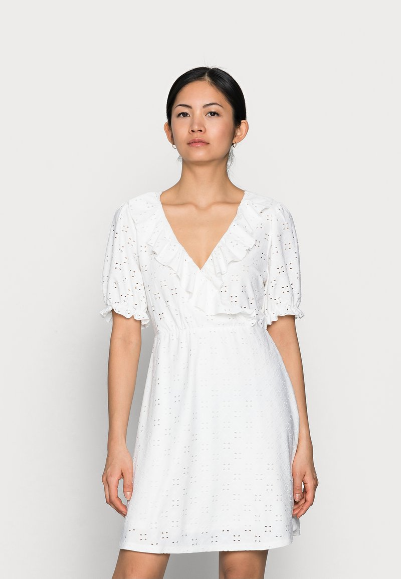 VILA PETITE - VITRESSY WRAP DRESS - Vestido ligero - cloud dancer