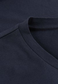 Phyne - THE ROUND NECK - T-shirt basique - navy - 3