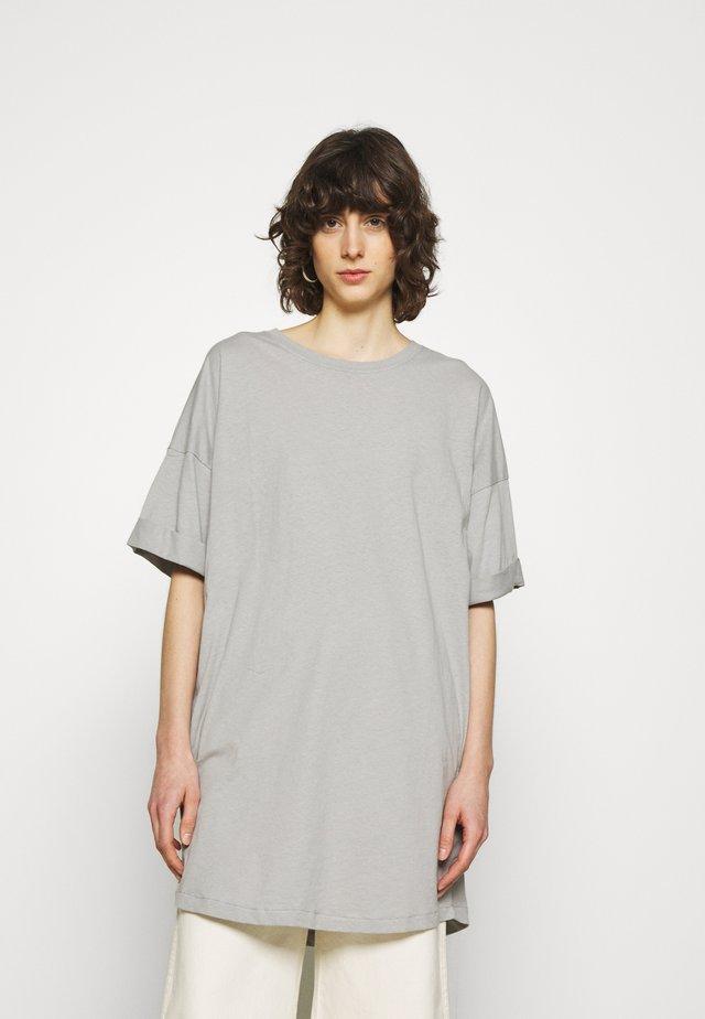 CYLBAY - Camiseta básica - craie