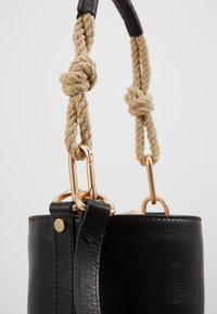 Vanessa Bruno - HOLLY MINI SEAU - Handbag - noir - 4