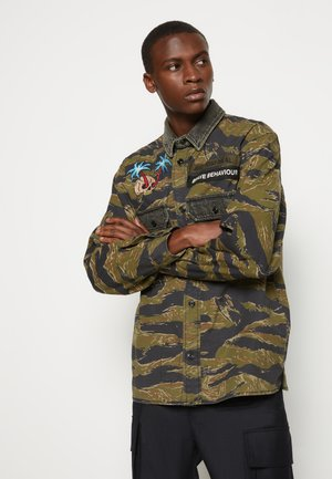 S-BUNNELL-CMF - Shirt - olive
