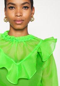 Who What Wear - RUFFLE YOKE - Blouse - jasmine green - 5