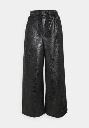 PANTS - Stoffhose - black